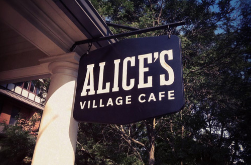 Alice's Village Cafe in Carp sign