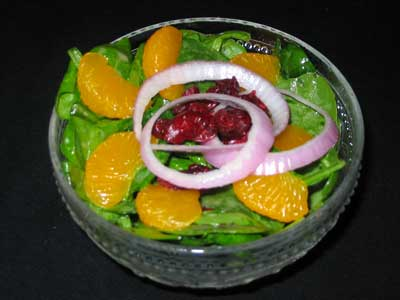 Mandarine Spinach Craisin Poppyseed Salad
