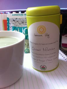 organic matcha green tea powder lemon lilly